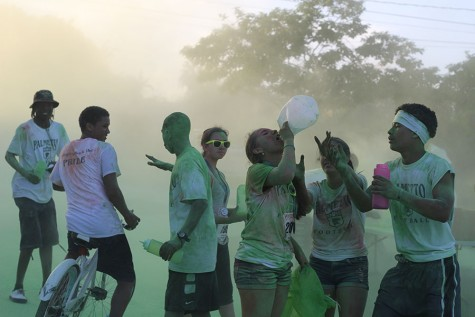 Clouds of fun at the Palmetto Bay Color Run