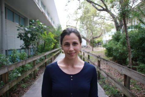 Laura Aviles